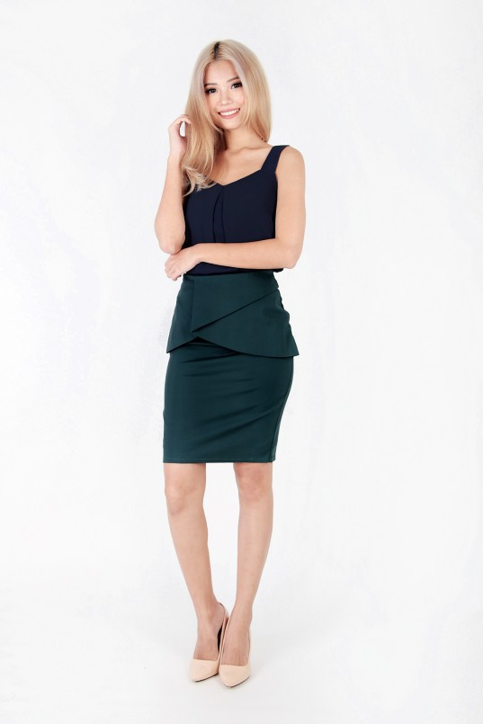 skirt in forest green cancel display all pictures