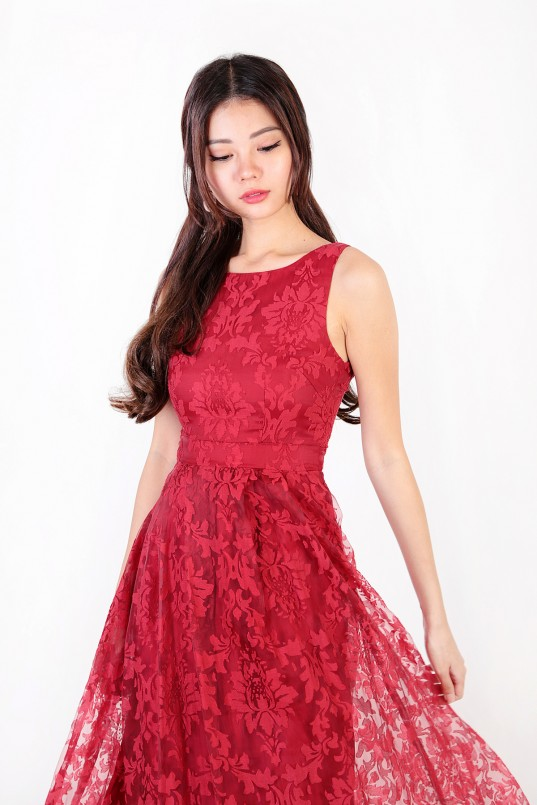 514d3036 Charlise Lace Hi Low Dress in Red
