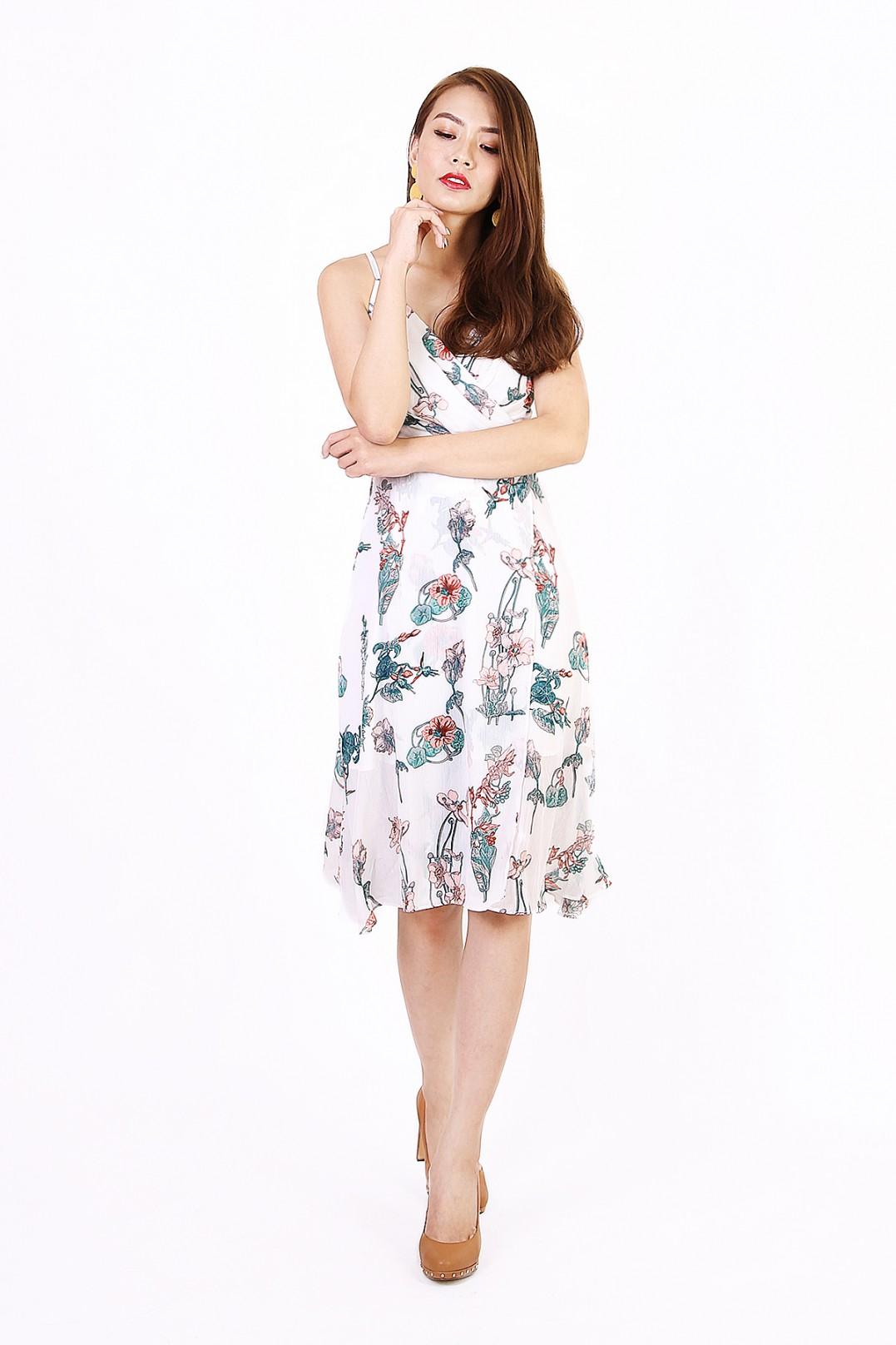 dc7da6988327 Ava Floral Midi in White - MGP
