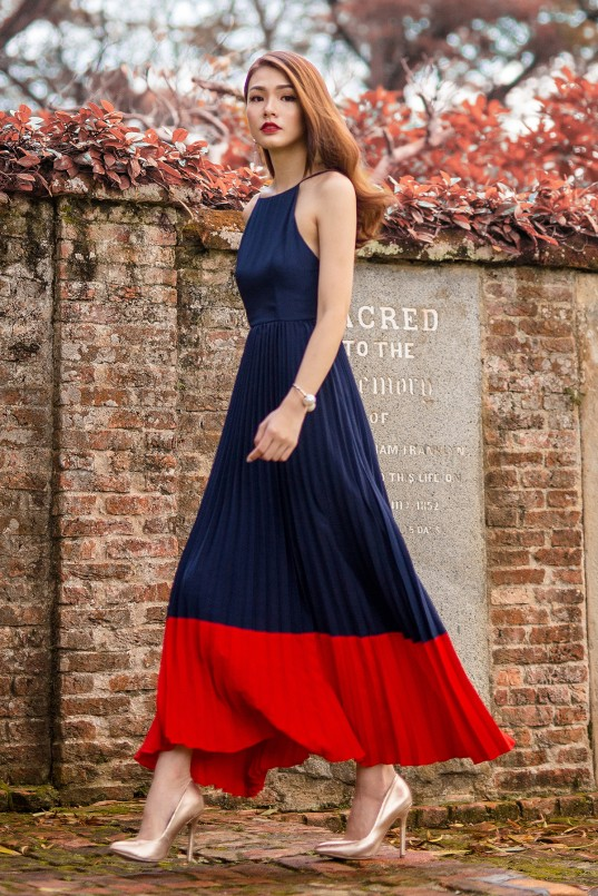 7d4eb95bda7 RESTOCK: Rochelle Pleated Maxi in Navy