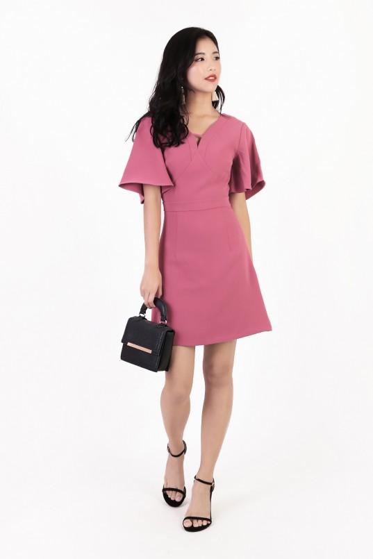 c7c46e4467d8 Carlin Flutter Sleeve Dress in Rose Pink