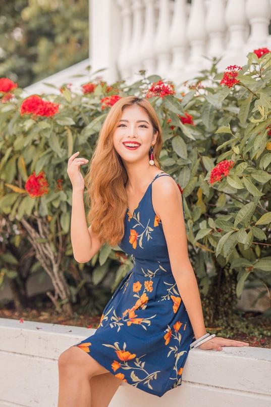4a1c417c9af Imelda Floral Dress in Navy