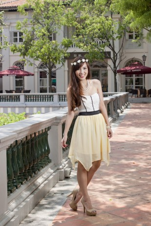 Maybelle Lace Dress in Yellow