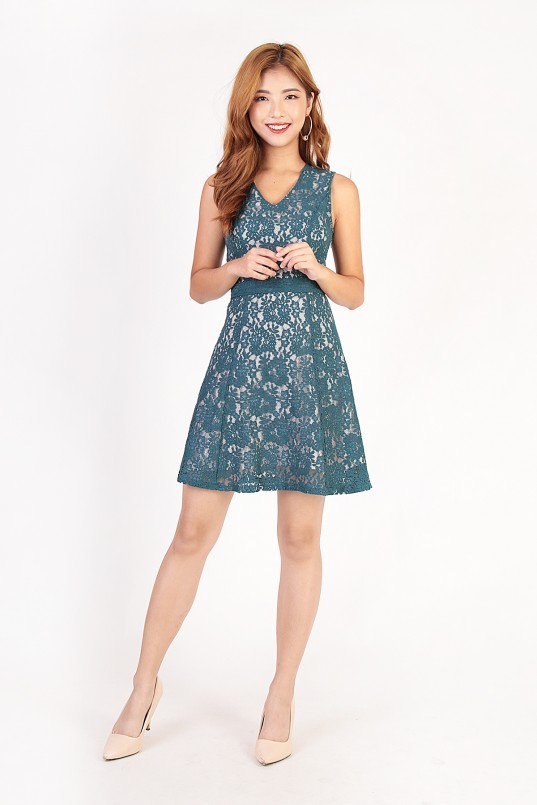 c352eb6d Gianna Lace Dress in Teal