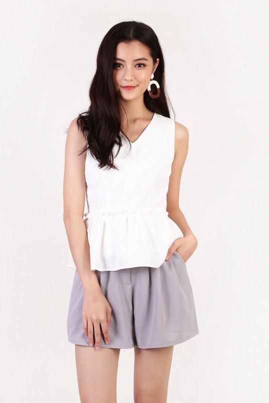 bc53f23a3d53 Trixia Ruffle Top in White