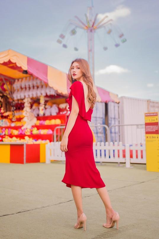 Kailey Ruffle Midi Dress in Red