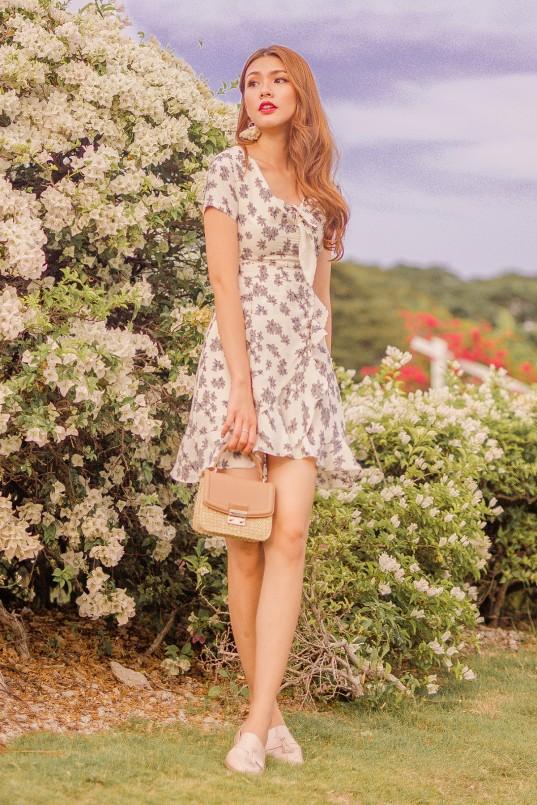 595dff0fdf6e Kaylen Floral Dress in Cream