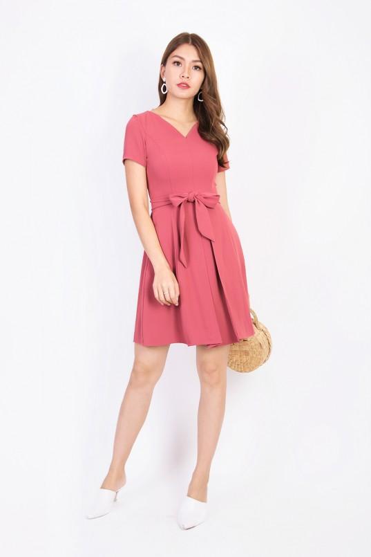 94e7ac7d4aef Gwenda Sleeved Dress in Rose