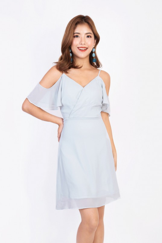 10e2d2c583844e Brina Cold Shoulder Dress in Light Grey
