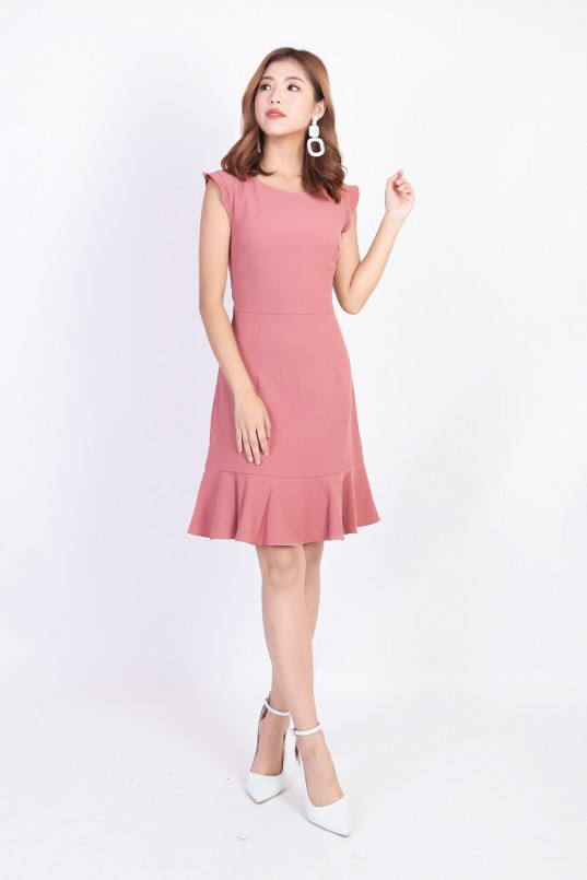 ea10a04a114 Magon Ruffle Dress in Rose Pink