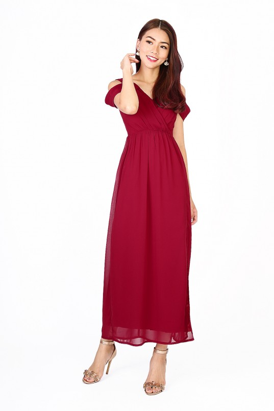 4bf2cc743bab RESTOCK6  Heather Maxi Dress in Wine Red