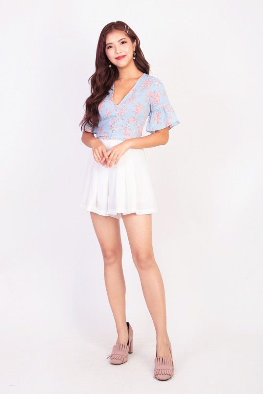 4849caaa82ee4 Malinda Floral Button Down Top in Blue