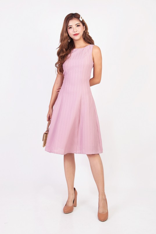 d84a9118fe Erienne Textured Dress in Pink
