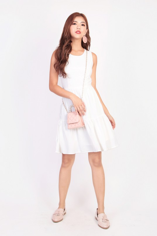 7c752a204 Jemie Tiered Dress in White