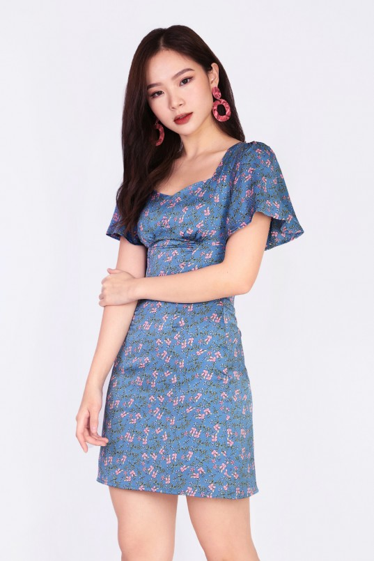 3a5df13e1 Wyatt Floral Dress in Blue